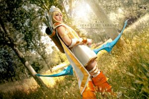 Ashe, queen of Freljord by NunnallyLol