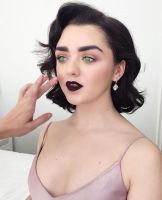 Maisie Williams is a Mindless Doll (Short Story) by hypnospects