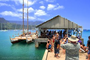 Hokule'a at Hanalei Pier by seraphinx