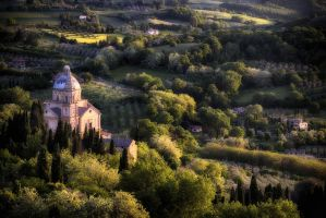 Montepulciano-late afternoon by CitizenFresh