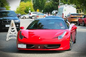 Ferrari Red by SeanTheCarSpotter