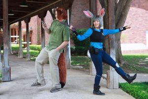 Put Down the Phone: Nick and Judy Zootopia Cosplay by firecloak