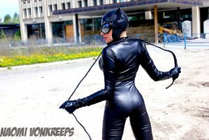 Catwoman Cosplay by Naomi-VonKreeps