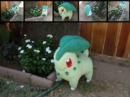 Commission: Chikorita Plush