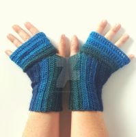 Corrugated Fingerless Gloves: Prototype 2 by FearlessFibreArts