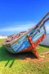 HDR Cuban Boat by vanhunnikphotography