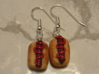 Polymer Clay Hot Dog Earrings by LiviaZita