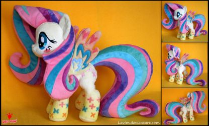 My Little Pony - Fluttershy Rainbow Power - Plush by Lavim