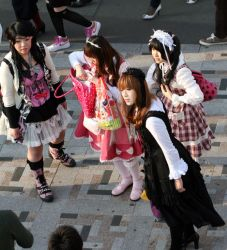 The 4 Lolitas by harajuku-observer