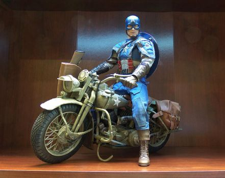 Motorcycle for Hot Toys Captain America by luke314pi