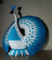 Circle Tailed Peacock (3D Origami) by Denierim