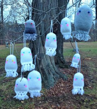 Tree of Ghosts by cottoncritter