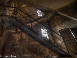 Rusty Stairs by stengchen