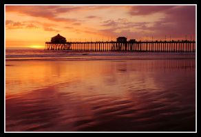 HB Pier Sunset by TomasGarcia