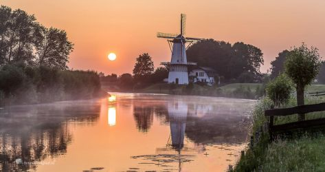 Goodmorning Mill at the river by Betuwefotograaf