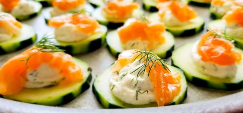 Dill Cucumber Salmon Bites by mantiswind