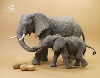 Miniature 1:12 African Elephant sculptures by Pajutee