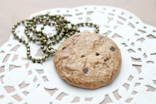 Cookie necklace by Jacarandahm