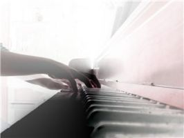 Playing des piano by racherann
