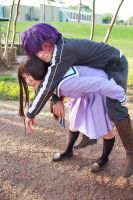 Hiyori Carries Blighted Yato [Noragami Cosplay] by firecloak
