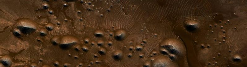 Crater in Western Arabia Terra by Mariagat