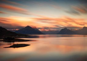 Midnightsun colors by streamweb