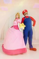 Super Mario Bros- Princess Peach and Mario by LisVanPiece