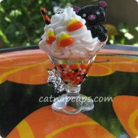 Ice Cream Float Neclace Black by CatNapCaps