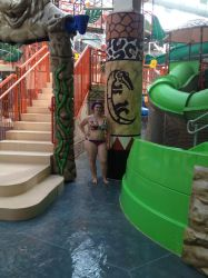 Kalahari Waterpark Painted Column 1 by kineticnovels