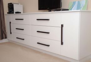 Bedroom Dresser/TV cabinet Unit by belakwood