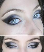 make-up black and white by Dead-Rose-16
