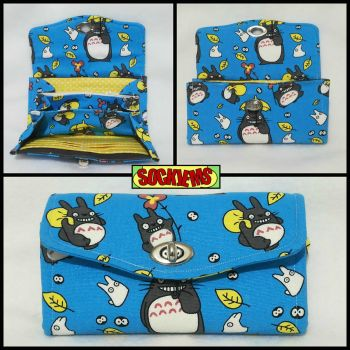 Clutch wallet made with Totoro fabric by SockJems