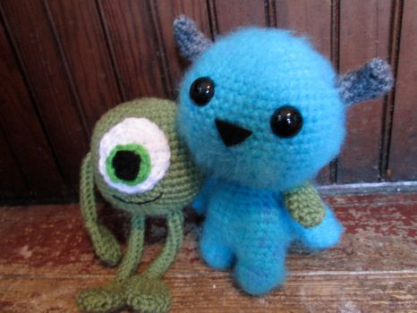 Crochet Mike and Sulley by Kitorahoshi