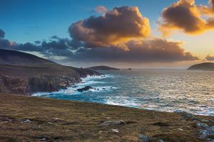Sea Cliffs in Kerry by cprmay