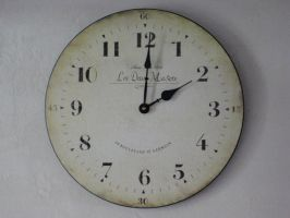 Old Wallclock by dave87