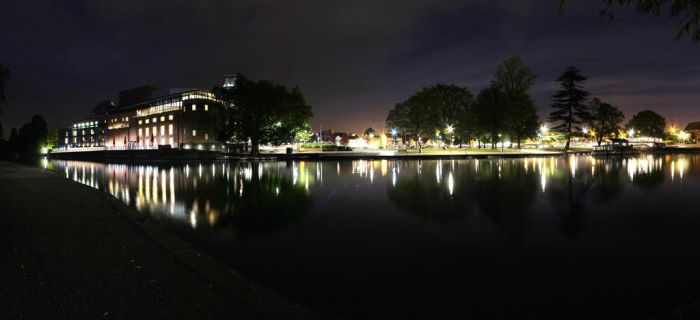 Stratford upn Avon waterside and RSC by stucknuts