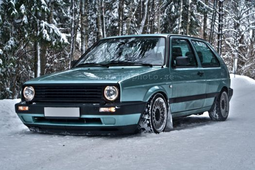 My Golf out in the snow by MrNegativ