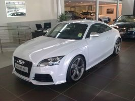 Showroom Audi TT RS by TricoloreOne77