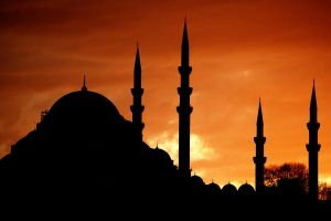 silhouette of the mosque by Masisus