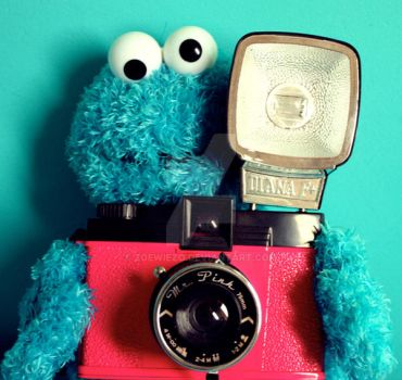 Cookie Loves Lomo by ZoeWieZo