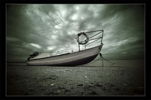 Waiting for the tide by gilad