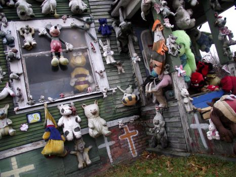 Heidelberg Project- Animal House by 2case
