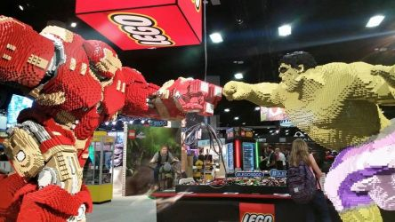 SDCC 2015 Lego booth