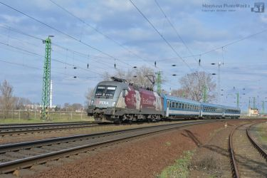 470 004 - Opera - with an IC train in Komarom by MorpheusPhotoworks