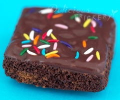 Brownie Magnet by DeliciousTrickery