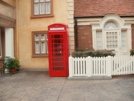 Red British Phone Booth by L1701E
