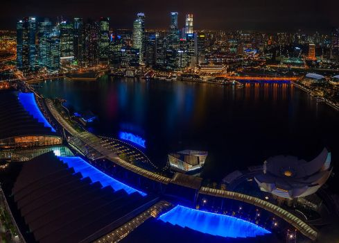 Singapore by night by hateom