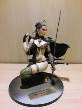 FFG: The Touch of Ice (Luis Royo) PVC by 2OT