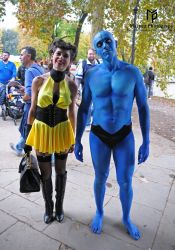 Doctor Manhattan and Silk Spectre Cosplay by Maspez
