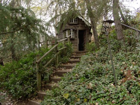 cottage house by Treeclimber-Stock